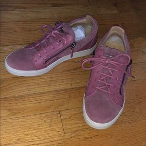 NWOB Giuseppe Zanotti pink zipper sneakers 38.5